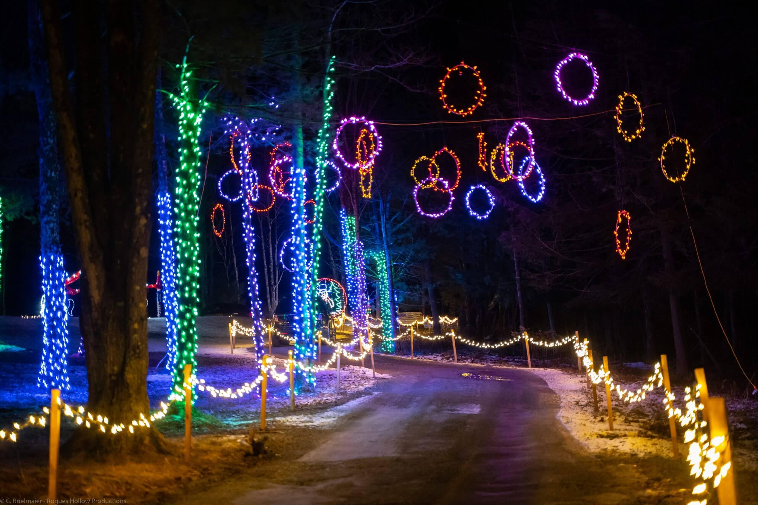 Hanging Holiday Light Displays